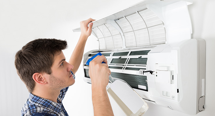 frequencia limpar higienizar ar condicionado